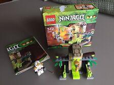 LEGO NINJAGO 9440  LE TOMBEAU DES VENOMARI