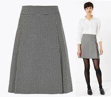Marks & Spencer Dogtooth Pleat Mini Skirt Size 10 Black White Office Smart NEW