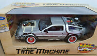 DeLorean Ritorno al Futuro 3 Back to the Future BTTF - Scala 1:24 Die Cast Welly