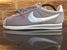 Nike Classic Cortez Nylon * Reino Unido 10.5 * EUR 45.5 * US 11.5 * 876873-001 * Gris