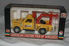 Shinsei Mini-Power #4612 American Custom Pick-Up Wrecker Truck, MIB, 1:30 scale