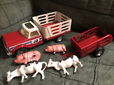 New ListingVintage 1970's Nylint Pressed Steel Nylint Farms Truck Trailer Set with 2 Cows 2