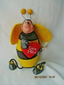 """Russ Berrie Kathleen Kelly Mr. Bumble Bee 8"""" Dangle Legs With Heart"""