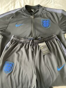 England Mens Tracksuit - Large - Tags On Bottoms Not Top But Both Brand New