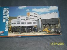 WALTHERS CORNERSTONE SERIES HO SCALE #933-3017 NEW RIVER MINING COMPANY