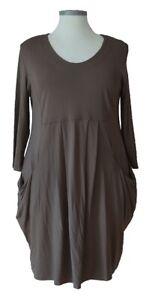 (575) Basic-Colors-Soft-Colors Design Kleid Coffée Größe: XXXL