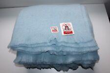 Magnifique couverture vintage bleu ciel pure laine marque  Berger Pyrénéen neuve