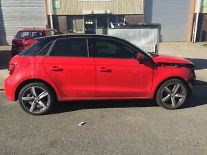 AUDI A1 ALL PARTS AVAILABLE MAY SELL COMPLETE 3000KMS ONLY!! Petrol engine