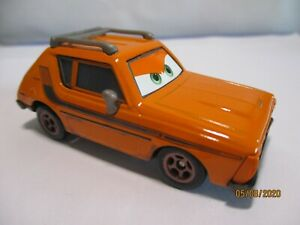 "DISNEY PIXAR CARS / VOITURE "" GREMLIN "" METAL 1/55"