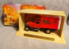 Matchbox Models of Yesteryear 1932 Ford AA Delivery Van Stroh's Beer Truck
