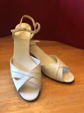 Vintage Amalfi  DOSY sexy strap sandal  Off White  Leather low heel Size 9.5 SS