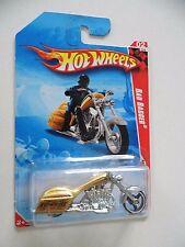 HOTWHEELS RACE WORLD 02 04 HIGHWAY '10 BAD BADGER MOTORCYCLE BNIB