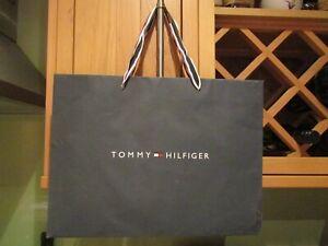 Pre-owned Paper Gift/Store Bag Tommy Hilfiger 40x30cm - Red/White/Blue Ribbon AF