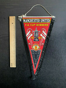Alter Wimpel Manchester United - F.A. Cup Winners 1983 - Red Devils Old Trafford