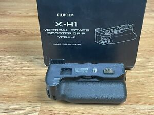 Fujifilm VPB-XH1 Vertical Power Booster Grip and AC Adapter for Fuji X-H1 Camera