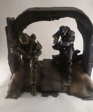 Halo 5 Large Commemorative Collectors Statue With Stand & Box New **Free P&P**
