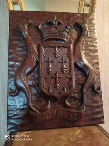 Armoirie de la Bretagne en Bois Sculpté 39 cm