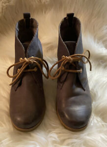 Sperry Women's Harlow Burnished Leather Wedge Booties Size 10 In Gray Taupe.
