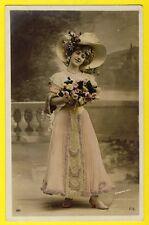 cpa Fantaisie Photo Edouard STEBBING Femme au BOUQUET de ROSE CHAPEAU Hat Flower