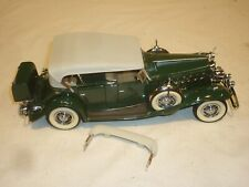 A Danbury mint scale model of a 1932 Cadillac V16 Sport Phaeton, no box