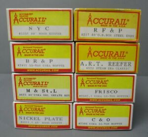 Accurail HO Scale Assorted Weathered & Assembled Freight Car Kits [8]/Box