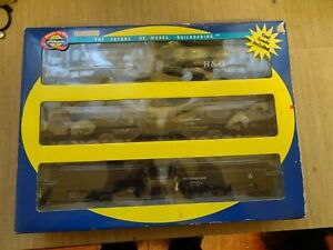 6 Athearn bogie coal hoppers boxed for HO scale model railroad
