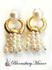 Akoya 18 Carat Yellow Gold Fine Pearl Earrings