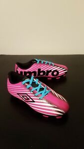 UMBRO Arturo 2.0 Soccer Cleats Pink Size 4