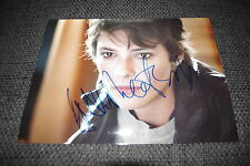 Jasmine trinca signed autographe sur 20x28 cm image inperson Look