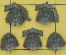 Warhammer 40K Space Marines Space Wolves Wolf Guard Terminator Shoulder Pads (A)