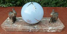 Petite lampe art déco 1950 avec éléphant, boule bleue et socle en marbre