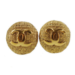 CHANEL CC Logos Circle Earrings Gold Clip-On 2 9 France Vintage Auth #UU156 S