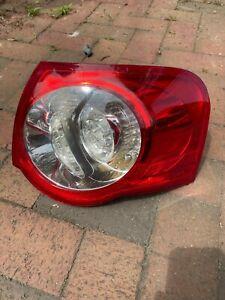 2007-2010 Volkswagen Passat Wagon Passenger Side Right Taillight Tail Light