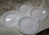 """Corelle Corning Ware Vitrelle Country Cottage 7"""" Plates Blue/Green Vines Hearts"""