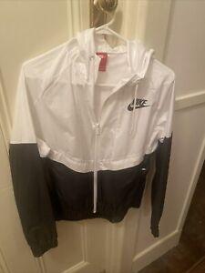 Nike Spray Jacket Size Medium