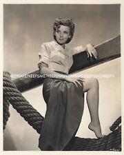 ACTRESS IDA LUPINO LEGGY UPSKIRT BAREFOOT TOES 8 X 10 PHOTO A-IL2