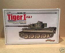 Cyber Hobby - #6286 - Sd.Kfz.181 Tiger I 3 in 1 - 1/35 Scale Military Kit