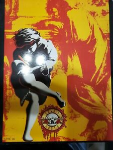 GUNS N ROSES - USE YOUR ILLUSION TOUR CONCERT PROGRAM BOOK - EXC CONDITION.