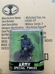 McFARLANE MILITARY SERIES 7 ARMY SPECIAL FORCES NIGHT OPs OPERATIONS CASE FRESH