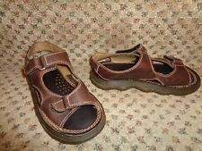 DR. MARTENS MADE IN ENGLAND  BROWN LEATHER CLASSIC BOYS OR GIRLS SANDALS--13 1