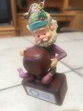ENESCO CHRISTMAS ORNAMENT: NORTH POLE VILLAGE ELF STAMPER WEE TREE TRIMMER new