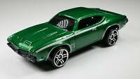 1969 Oldsmobile 442 1/64 Scale Diecast Diorama Rare Car Green
