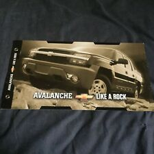 2001 Chevy Chevrolet Avalanche Pickup Original Color Brochure Prospekt