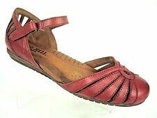 Cobb Hill by New Balance Women's Aubrey T Strap Sandals Red Leather Size 6.5 W
