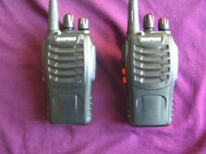 2X Baofeng BF-888s talkie walkie UHF 400-470MHZ SANS CHARGEUR