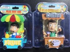 2PC street vendor cart coffee fruit BOBBLE HEAD  SOLAR POWER car DASH office