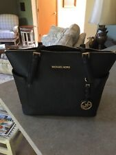 Michael Kors Jet Set Travel Saffiano Black Leather Top Zip Shoulder Tote Bag