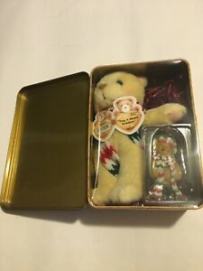 "Enesco (2000) Cherished Teddies ""Tug-A-Heart Teddies"" 2000 Limited 3rd Series"