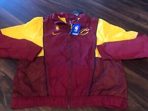 Nike Men's Cleveland Cavaliers NBA Throwback Warmup Jacket Size 2XL Maroon