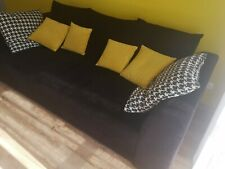 Sofa firmy BLACK RED WHITE